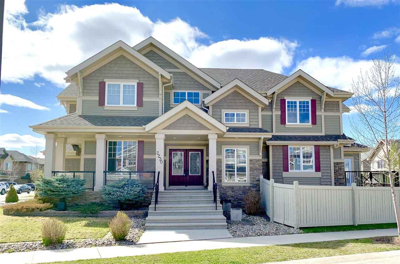 Main Photo: 2230 CAMERON RAVINE Court in Edmonton: Zone 20 House for sale : MLS®# E4197267