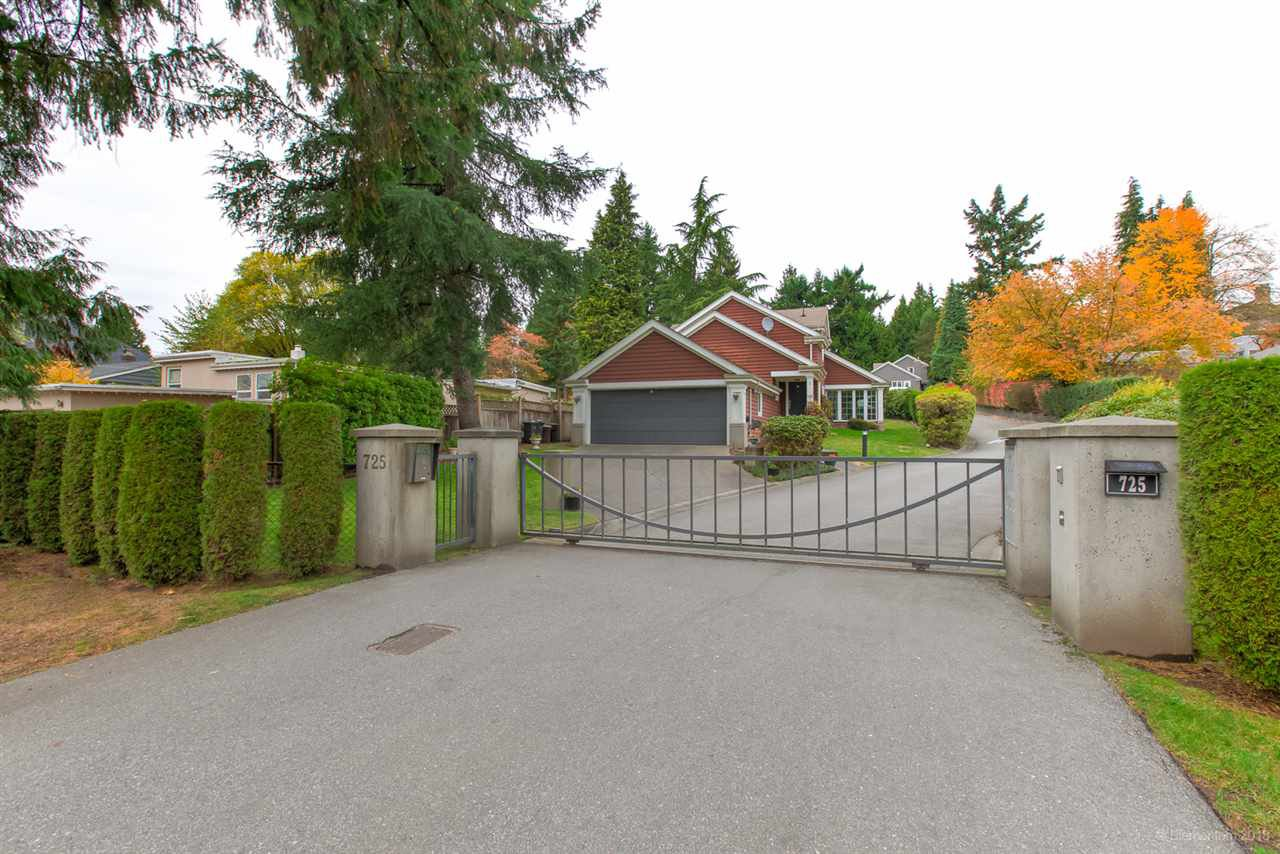 Main Photo: 1 725 ROCHESTER Avenue in Coquitlam: Coquitlam West House for sale : MLS®# R2460970