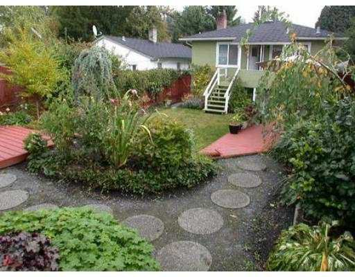 Photo 3: Photos: 1695 MACGOWAN AV in North Vancouver: Pemberton NV House for sale : MLS®# V560698