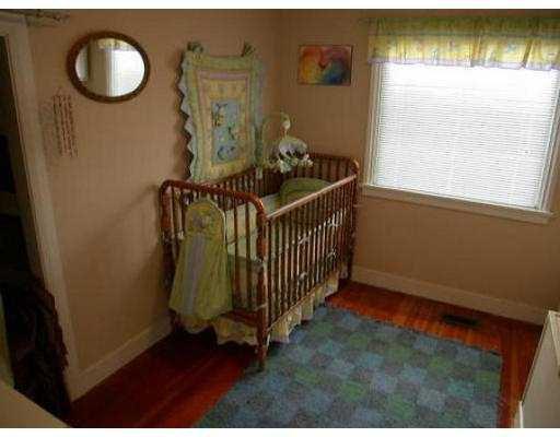Photo 8: Photos: 1695 MACGOWAN AV in North Vancouver: Pemberton NV House for sale : MLS®# V560698