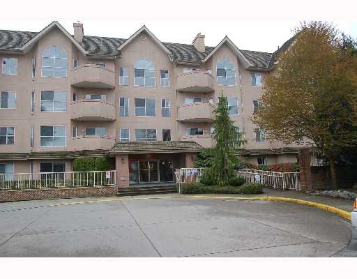 "Main Photo: 213 12464 191B Street in Pitt Meadows: Mid Meadows Condo for sale in ""LASEUR MANOR"" : MLS®# V640906"