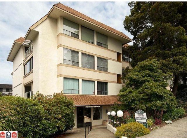 """Main Photo: # 306 1341 FOSTER ST: White Rock Condo for sale in """"CYPRUS MANOR"""" (South Surrey White Rock)  : MLS®# F1102050"""
