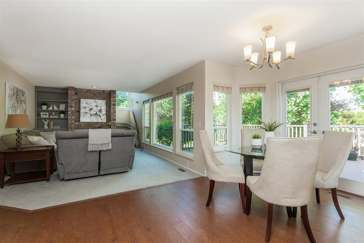 Photo 8: Photos: 6078 154A Street in Surrey: Sullivan Station House for sale : MLS®# R2393804