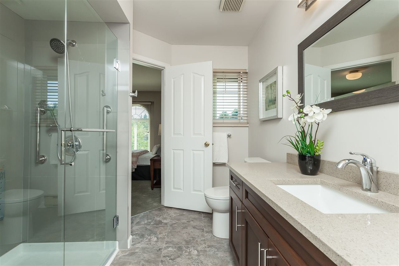 Photo 17: Photos: 6078 154A Street in Surrey: Sullivan Station House for sale : MLS®# R2393804