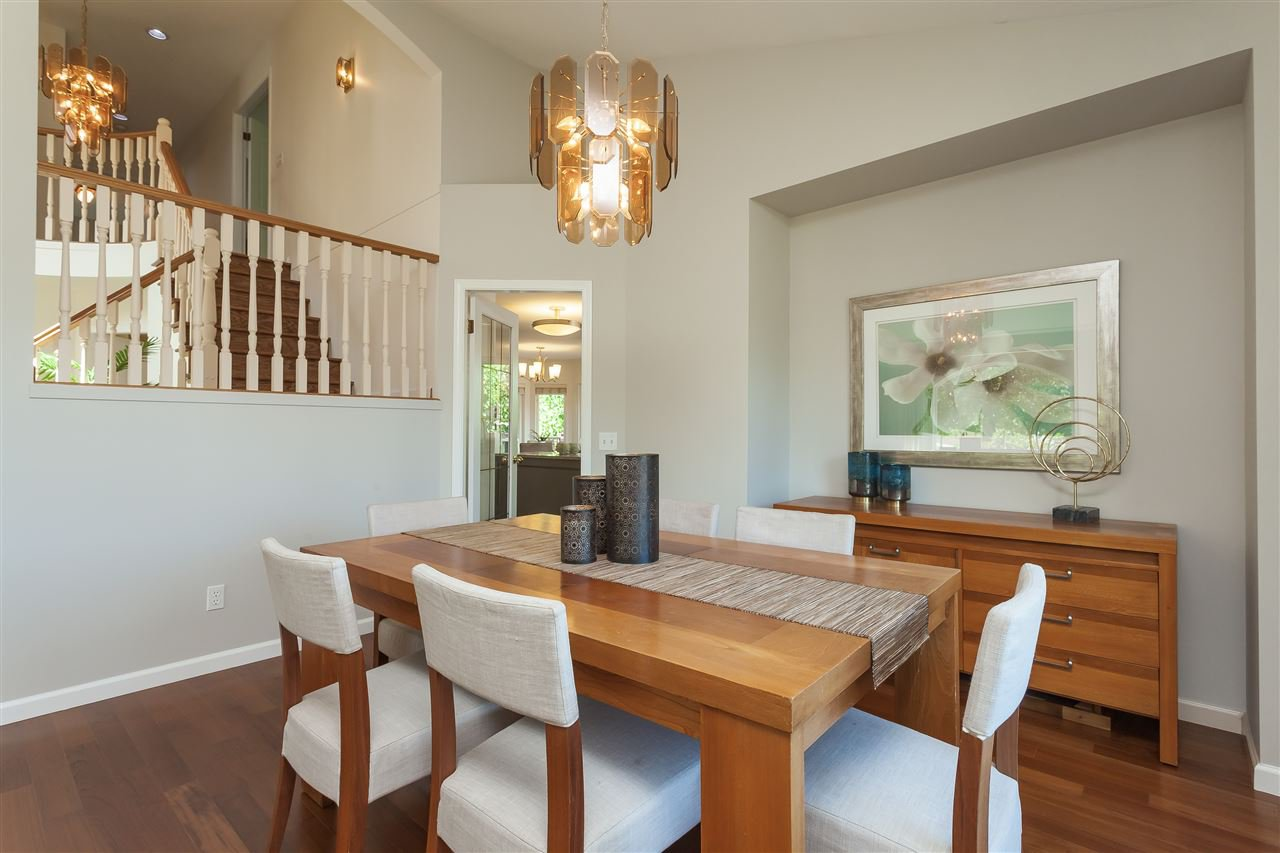 Photo 4: Photos: 6078 154A Street in Surrey: Sullivan Station House for sale : MLS®# R2393804