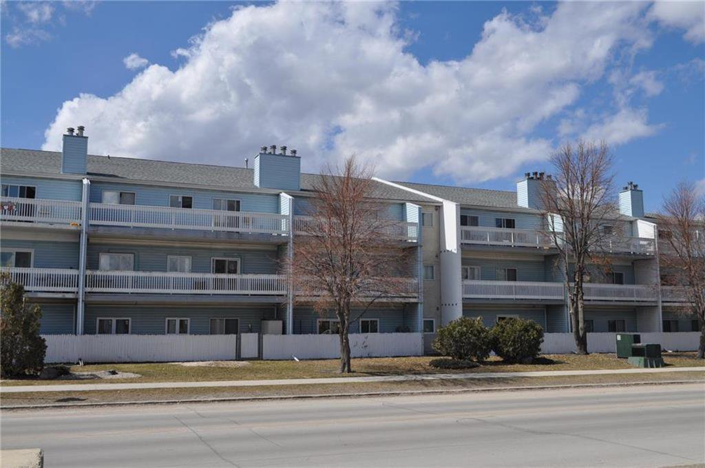 Main Photo: 301 189 Watson Street in Winnipeg: Seven Oaks Crossings Condominium for sale (4H)  : MLS®# 202008963