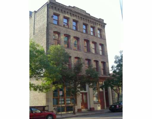 Main Photo: 2B 121 PRINCESS Street in Winnipeg: Central Winnipeg Condominium for sale : MLS®# 2705308
