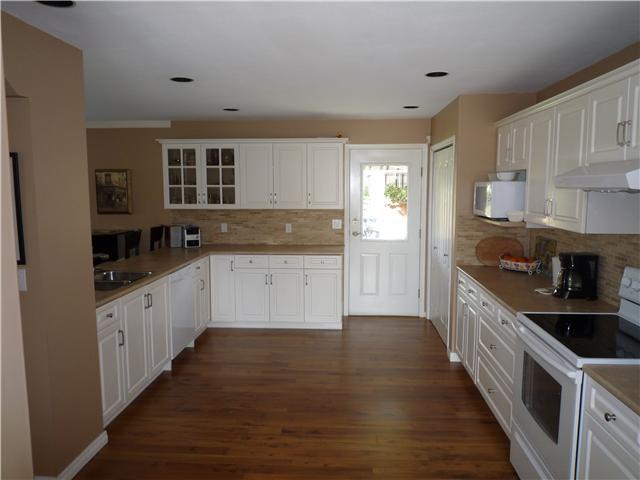 "Photo 3: Photos: 2136 DRAWBRIDGE CLOSE CS in Port Coquitlam: Citadel PQ House for sale in ""CITADEL HEIGHTS"" : MLS®# V824956"