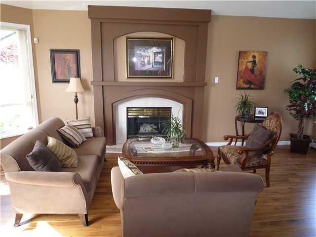 "Photo 2: Photos: 2136 DRAWBRIDGE CLOSE CS in Port Coquitlam: Citadel PQ House for sale in ""CITADEL HEIGHTS"" : MLS®# V824956"