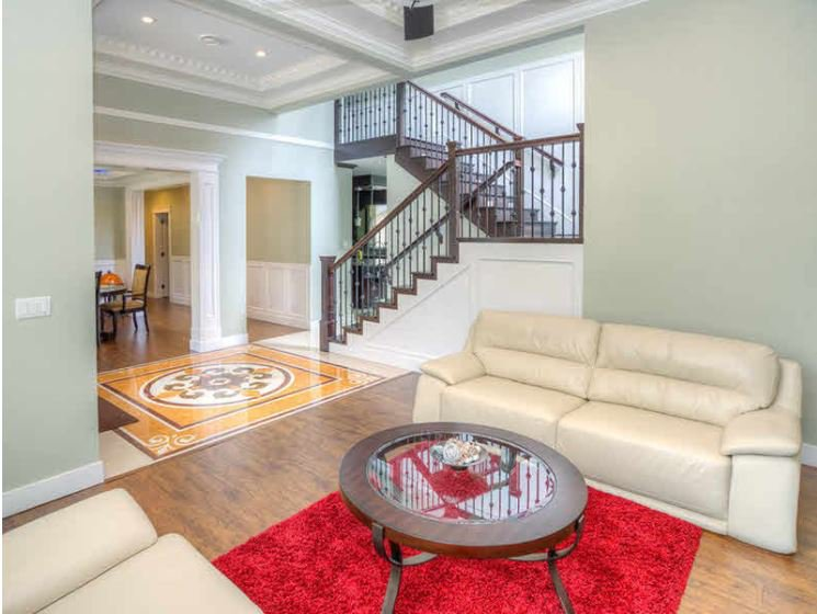Main Photo: : House for sale : MLS®# F1119108