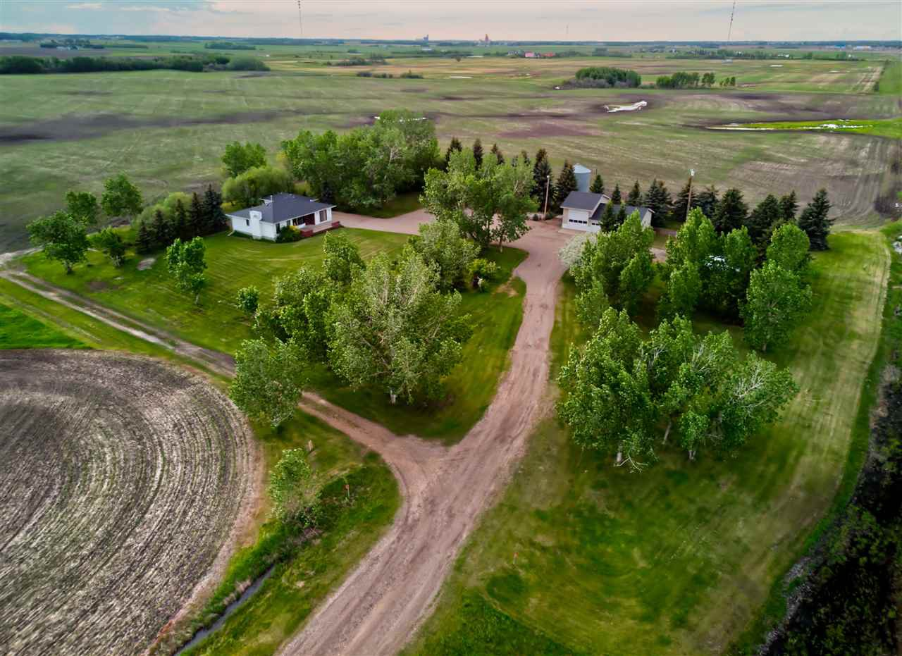 Main Photo: 55308 Hwy 2: Rural Sturgeon County House for sale : MLS®# E4168442