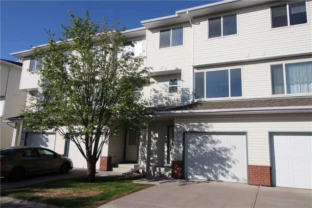 Main Photo: 55 HARVEST OAK Circle NE in Calgary: Harvest Hills Row/Townhouse for sale : MLS®# C4300431