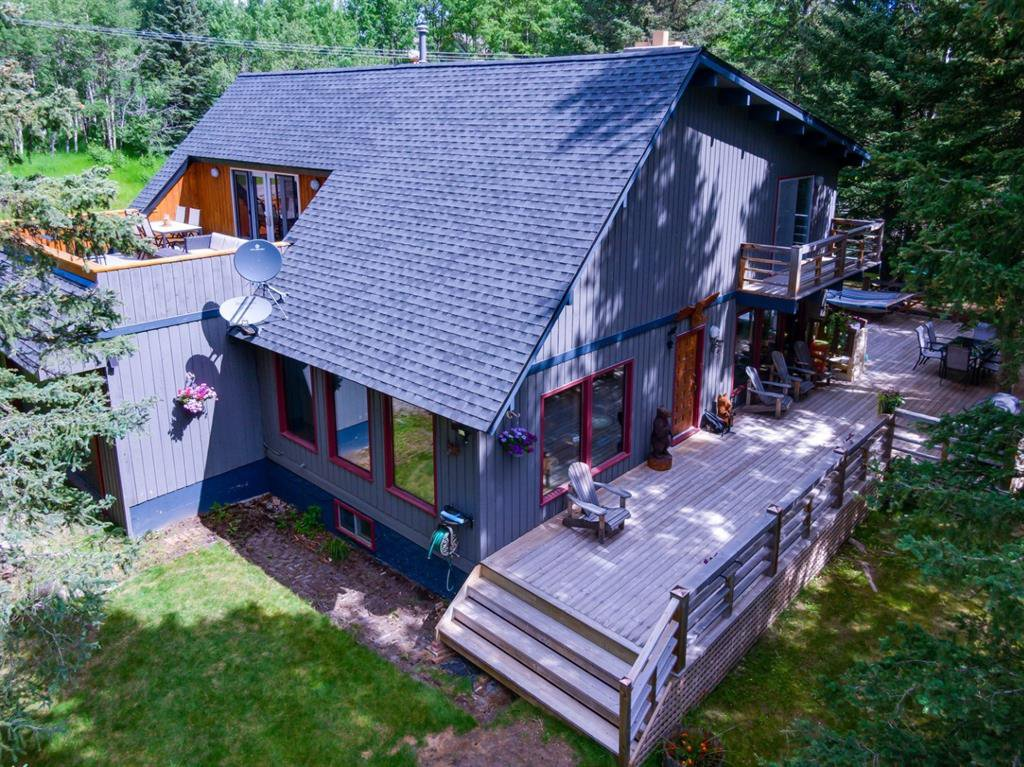 Main Photo: 28 ECHLIN Drive: Bragg Creek Detached for sale : MLS®# A1014630