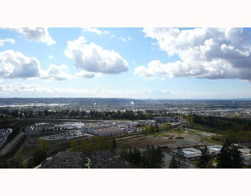 "Main Photo: 2102 6888 STATION HILL Drive in Burnaby: South Slope Condo for sale in ""SAVOY CARLTON"" (Burnaby South)  : MLS®# V641385"