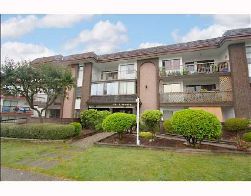 "Main Photo: 204 1585 E 4TH Avenue in Vancouver: Grandview VE Condo for sale in ""ALPINE PLACE"" (Vancouver East)  : MLS®# V667288"