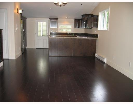 Photo 8: Photos: 4001 CLARK DR in Vancouver: House for sale : MLS®# V722810