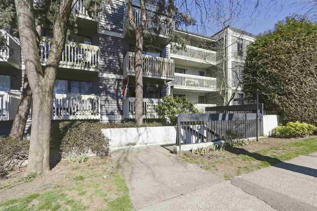 "Main Photo: 114 1545 E 2ND Avenue in Vancouver: Grandview Woodland Condo for sale in ""TALISHAN WOODS"" (Vancouver East)  : MLS®# R2397150"