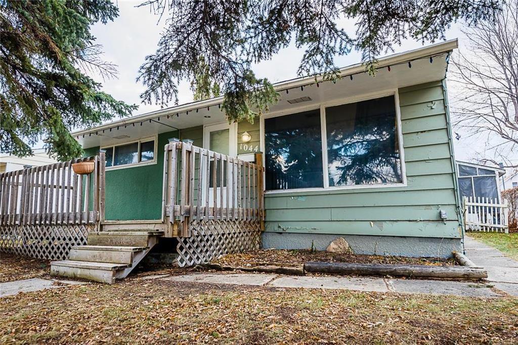 Main Photo: 1044 Howard Avenue in Winnipeg: West Fort Garry Residential for sale (1Jw)  : MLS®# 1931143