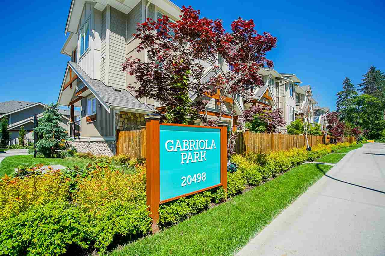 "Main Photo: 5 20498 82 Avenue in Langley: Willoughby Heights Townhouse for sale in ""Gabriola Park"" : MLS®# R2457949"