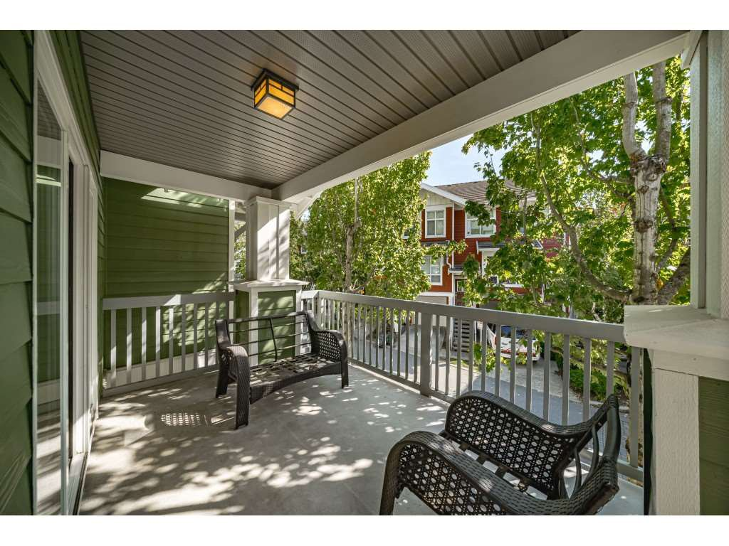 """Photo 28: Photos: 161 15168 36 Avenue in Surrey: Morgan Creek Townhouse for sale in """"SOLAY"""" (South Surrey White Rock)  : MLS®# R2495727"""