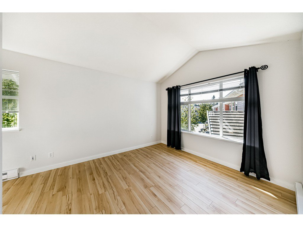 """Photo 16: Photos: 161 15168 36 Avenue in Surrey: Morgan Creek Townhouse for sale in """"SOLAY"""" (South Surrey White Rock)  : MLS®# R2495727"""