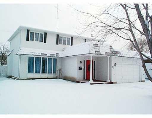 Main Photo: 63 FOREST PARK Drive in WINNIPEG: West Kildonan / Garden City Single Family Detached for sale (North West Winnipeg)  : MLS®# 2200516