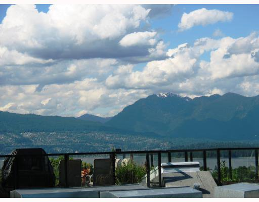 """Main Photo: PH2 3637 W 17TH Avenue in Vancouver: Dunbar Condo for sale in """"HIGHBURY HOUSE"""" (Vancouver West)  : MLS®# V687049"""