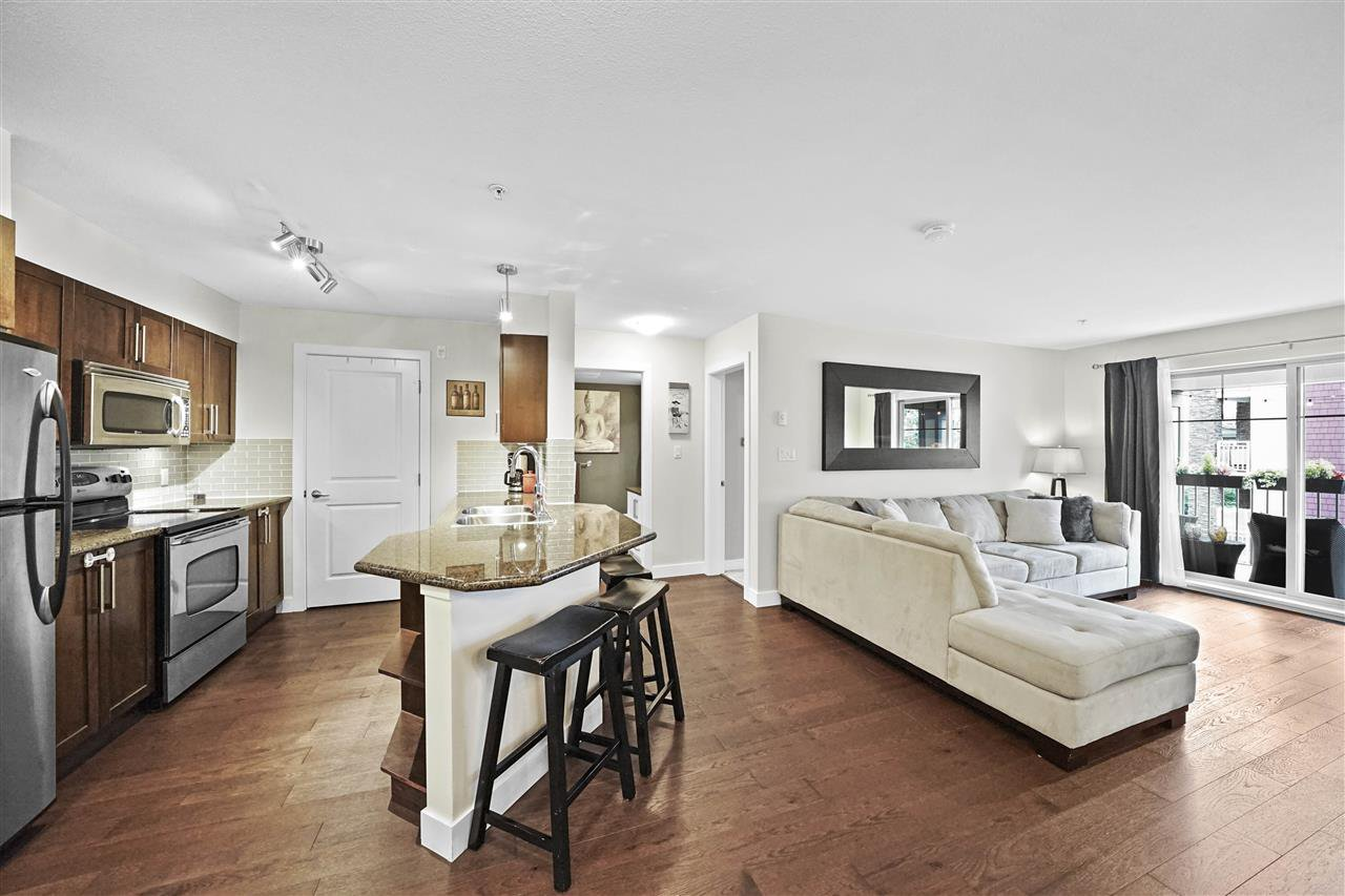 """Main Photo: 306 2468 ATKINS Avenue in Port Coquitlam: Central Pt Coquitlam Condo for sale in """"THE BORDEAUX"""" : MLS®# R2388024"""