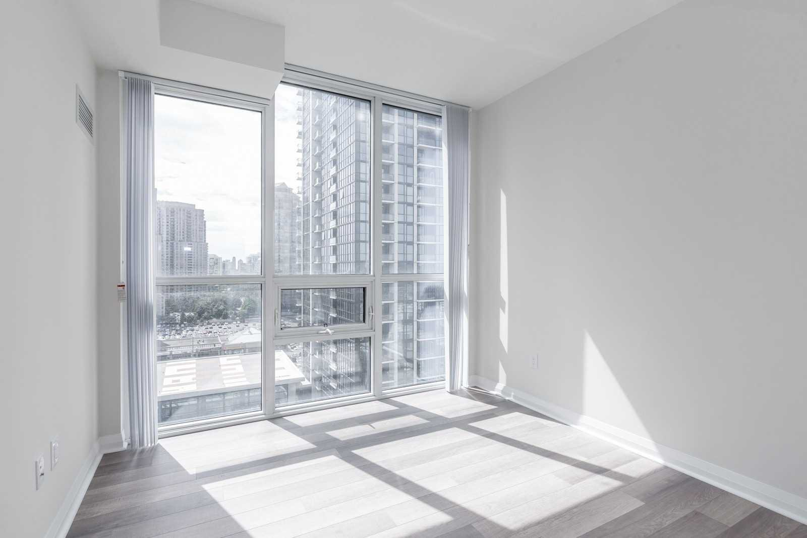 Photo 12: Photos: 1204 5025 Four Springs Avenue in Mississauga: Hurontario Condo for lease : MLS®# W4582092