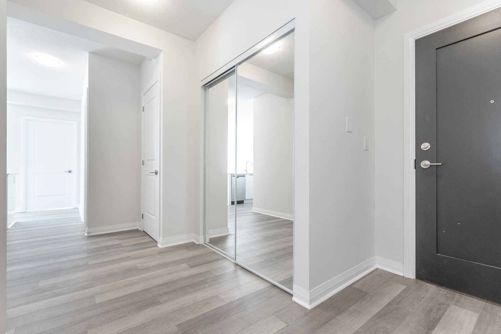 Photo 2: Photos: 1204 5025 Four Springs Avenue in Mississauga: Hurontario Condo for lease : MLS®# W4582092