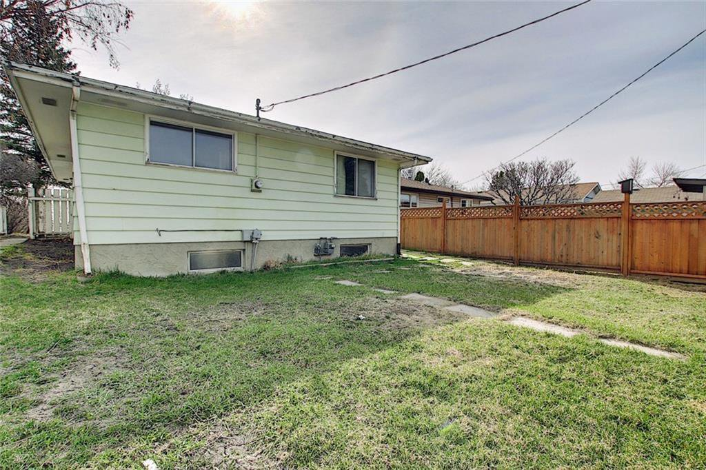 Photo 22: Photos: 8051 HUNTINGTON Street NE in Calgary: Huntington Hills Detached for sale : MLS®# C4294626