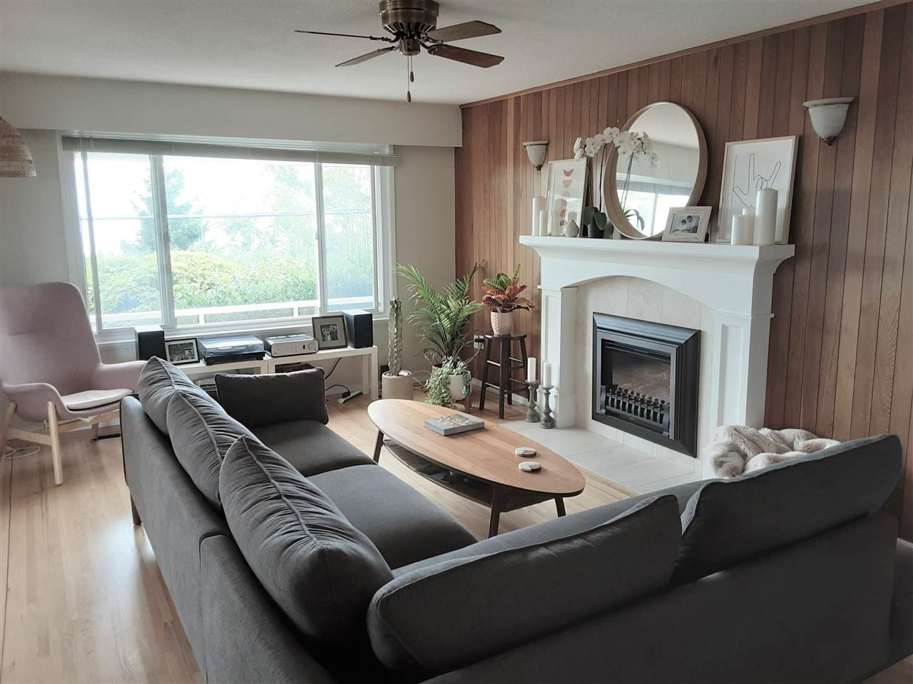 Photo 12: Photos: 15291 COLUMBIA Avenue: White Rock House for sale (South Surrey White Rock)  : MLS®# R2492863