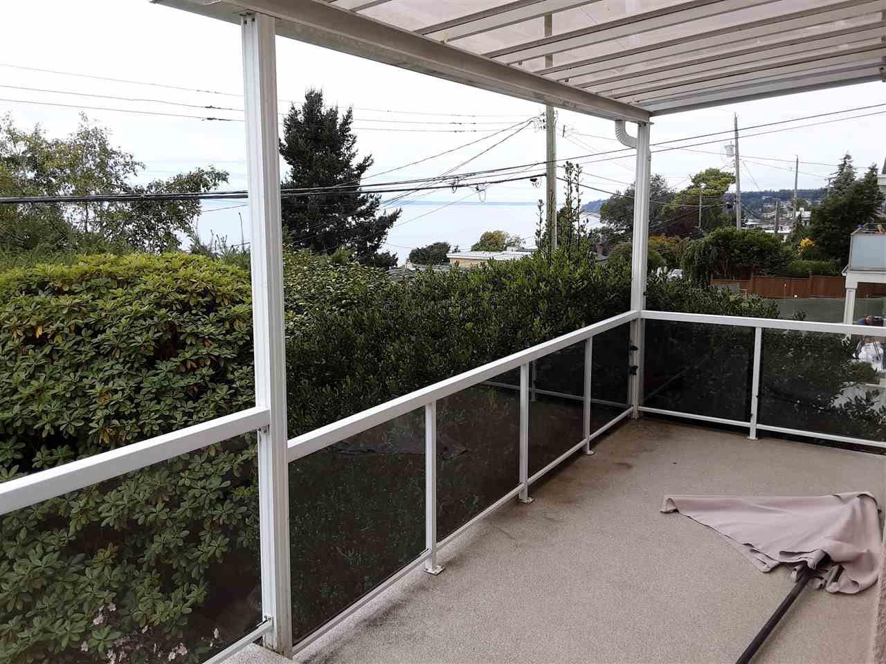 Photo 16: Photos: 15291 COLUMBIA Avenue: White Rock House for sale (South Surrey White Rock)  : MLS®# R2492863