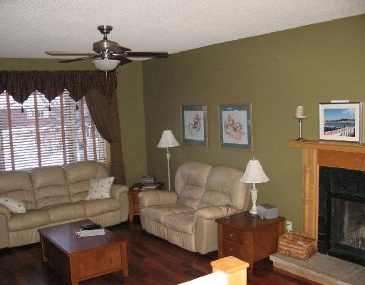 "Photo 2: Photos: 5543 53RD Street in Fort_Nelson: Fort Nelson -Town House for sale in ""HILL"" (Fort Nelson (Zone 64))  : MLS®# N180550"