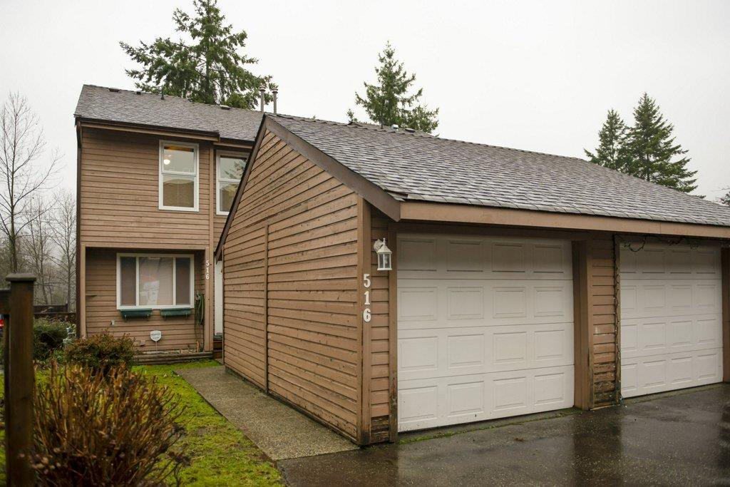 "Main Photo: 516 LEHMAN Place in Port Moody: North Shore Pt Moody Townhouse for sale in ""Eagle Point"" : MLS®# R2424791"