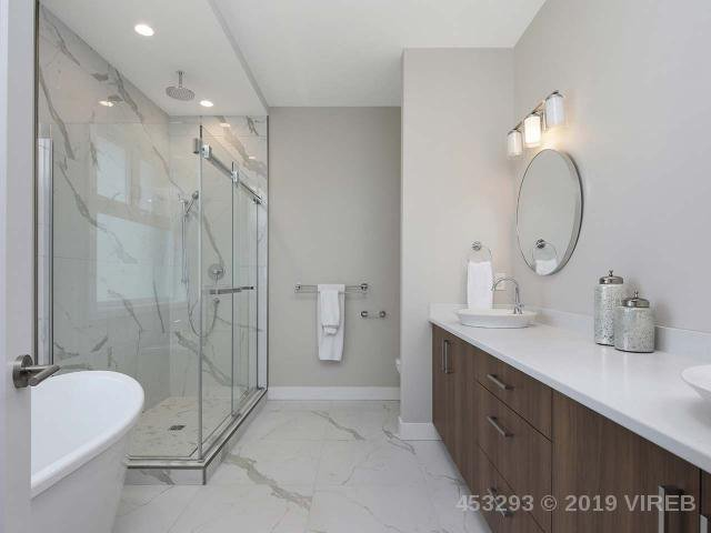 Photo 12: Photos: 1452 CROWN ISLE Boulevard in COURTENAY: Z2 Crown Isle House for sale (Zone 2 - Comox Valley)  : MLS®# 453293