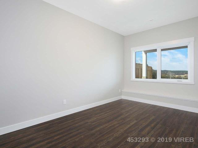 Photo 17: Photos: 1452 CROWN ISLE Boulevard in COURTENAY: Z2 Crown Isle House for sale (Zone 2 - Comox Valley)  : MLS®# 453293