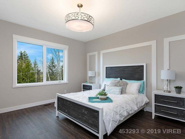 Photo 9: Photos: 1452 CROWN ISLE Boulevard in COURTENAY: Z2 Crown Isle House for sale (Zone 2 - Comox Valley)  : MLS®# 453293