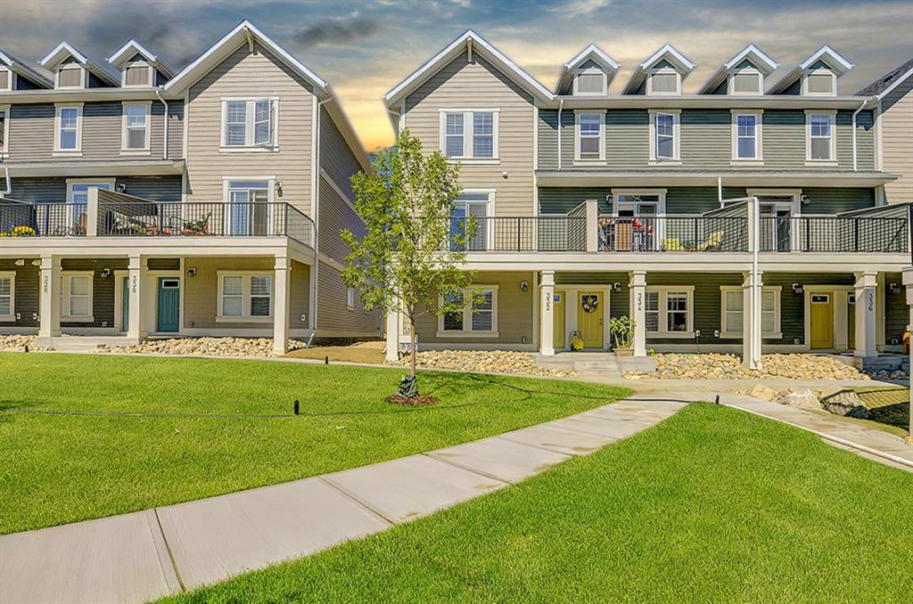 Main Photo: 332 SOUTH POINT Square SW: Airdrie Row/Townhouse for sale : MLS®# A1026186