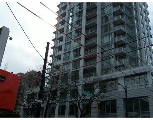 "Main Photo: 704 480 ROBSON Street in Vancouver: Downtown VW Condo for sale in ""R & R"" (Vancouver West)  : MLS®# V676953"