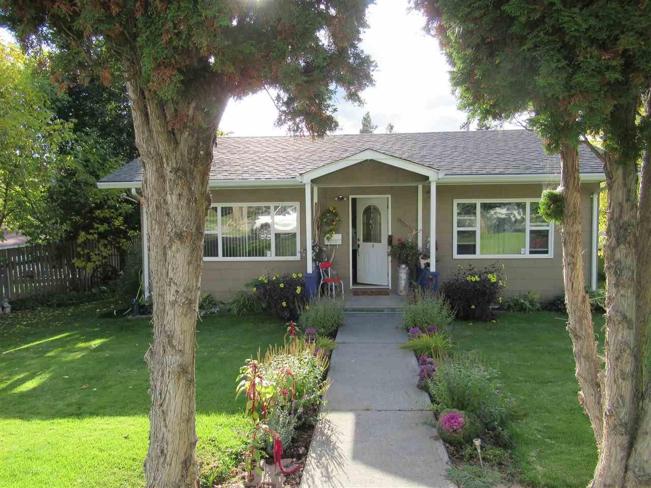 Photo 3: Photos: 373 N 5TH Avenue in Williams Lake: Williams Lake - City House for sale (Williams Lake (Zone 27))  : MLS®# R2409196
