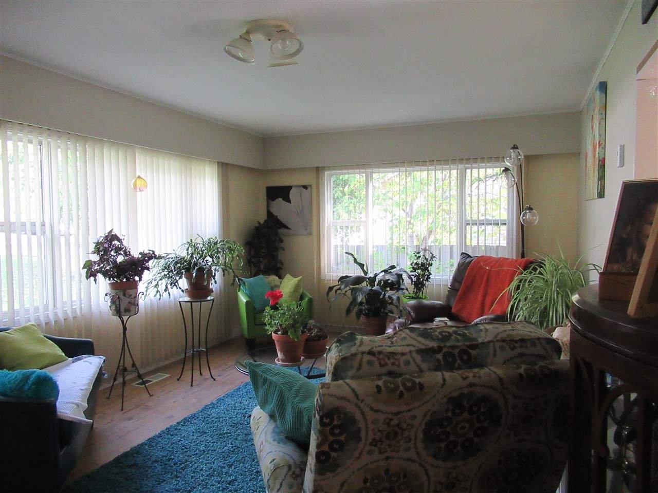 Photo 4: Photos: 373 N 5TH Avenue in Williams Lake: Williams Lake - City House for sale (Williams Lake (Zone 27))  : MLS®# R2409196
