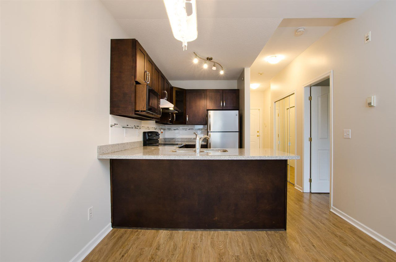 """Photo 10: Photos: 108 6475 CHESTER Street in Vancouver: Fraser VE Condo for sale in """"Southridge House"""" (Vancouver East)  : MLS®# R2439801"""