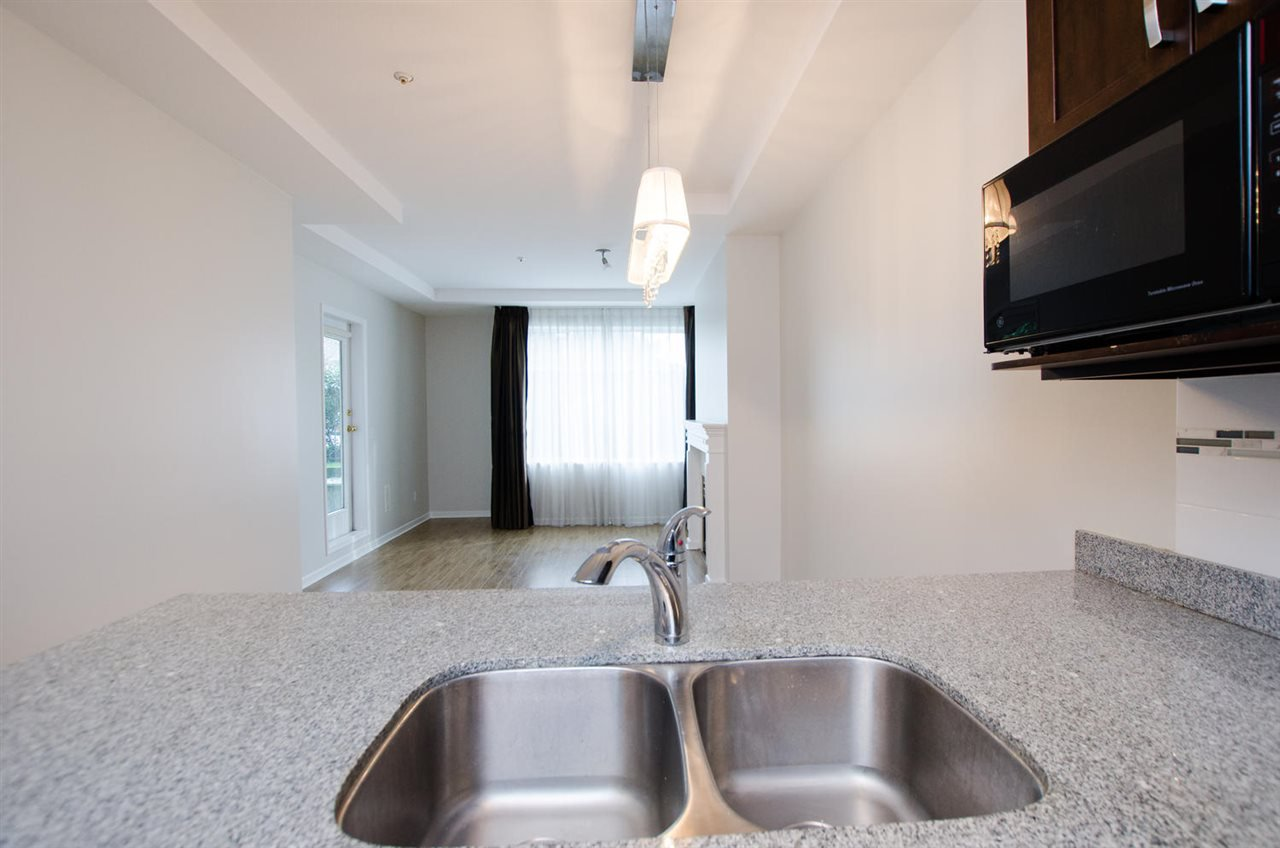 """Photo 14: Photos: 108 6475 CHESTER Street in Vancouver: Fraser VE Condo for sale in """"Southridge House"""" (Vancouver East)  : MLS®# R2439801"""