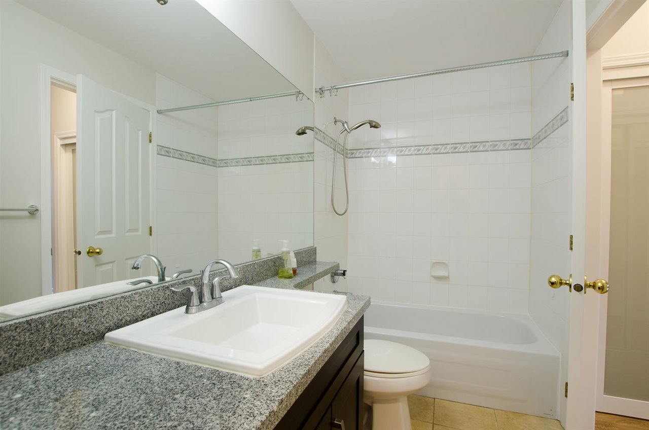 """Photo 17: Photos: 108 6475 CHESTER Street in Vancouver: Fraser VE Condo for sale in """"Southridge House"""" (Vancouver East)  : MLS®# R2439801"""