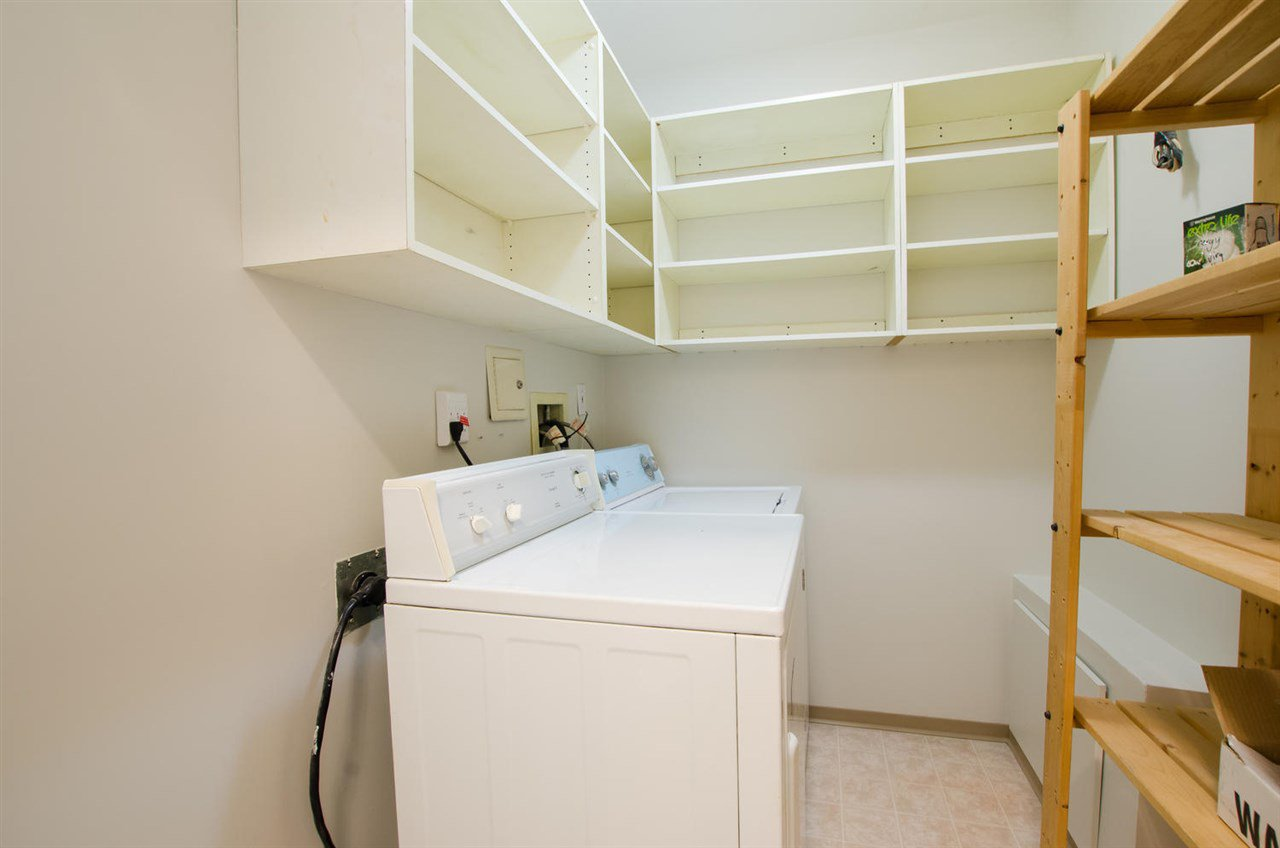 """Photo 18: Photos: 108 6475 CHESTER Street in Vancouver: Fraser VE Condo for sale in """"Southridge House"""" (Vancouver East)  : MLS®# R2439801"""