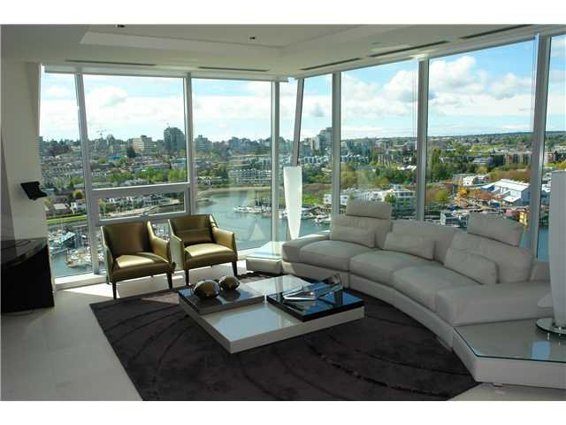 """Main Photo: # 1801 1560 HOMER MEWS BB in Vancouver: False Creek North Condo for sale in """"THE ERICKSON"""" (Vancouver West)  : MLS®# V860170"""