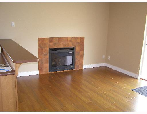 """Photo 6: Photos: 507 SHAW Road in Gibsons: Gibsons & Area House for sale in """"W"""" (Sunshine Coast)  : MLS®# V580770"""