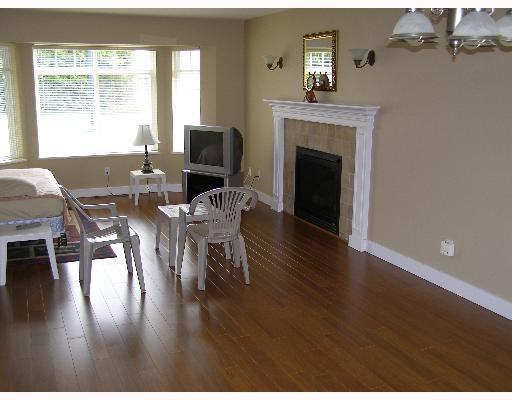 """Photo 4: Photos: 507 SHAW Road in Gibsons: Gibsons & Area House for sale in """"W"""" (Sunshine Coast)  : MLS®# V580770"""