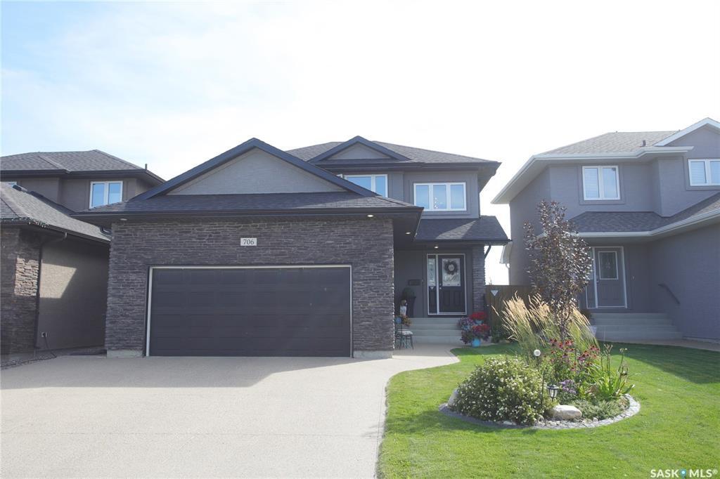 Main Photo: 706 Sutter Crescent in Saskatoon: Stonebridge Residential for sale : MLS®# SK826897